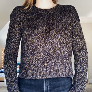 Cropped Levi's sweater